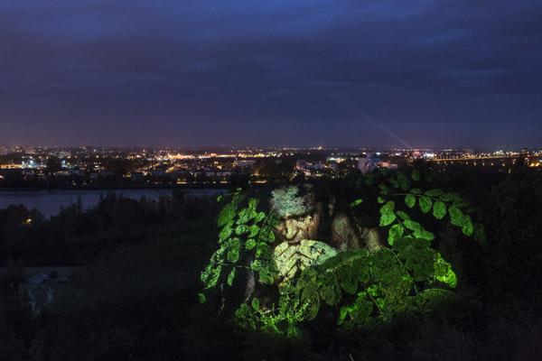 Monstres @oliviercrouzel Biennale panoramas 2012 / Lormont / France